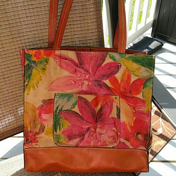 5ff7f1b7983 Patricia Nash Bucciano Floral Leather Tote. M_557d834935ade22d90007b6a