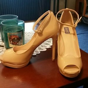 Never been worn patent nude pumps with ankle strap