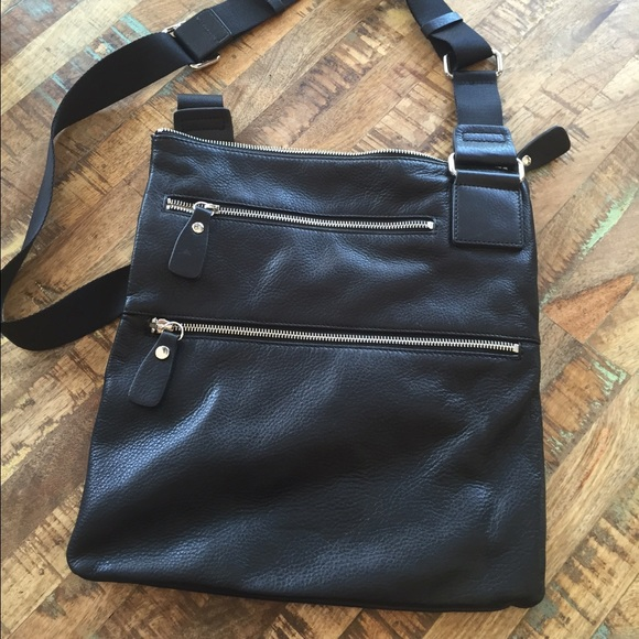 61 Off Margot Handbags Black Leather Margot Crossbody From Angela S Closet On Poshmark