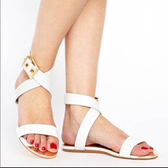 e553f47d872c Ted Baker Shoes - ⚡️SALE⚡️Ted Baker Tabbey Sandals Size 9.5