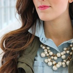 NWT Gold & Pearl Choker Statement Necklace