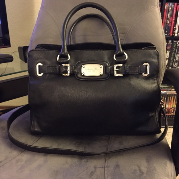43dbbebe28 M 557e1397f527087b5800b038. Other Bags you may like. Michael Kors wallet