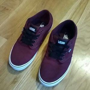 ... Vans Shoes - Men's size 9 1/2