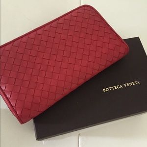 Intrecciato wallet - Red Bottega Veneta JcaQEf