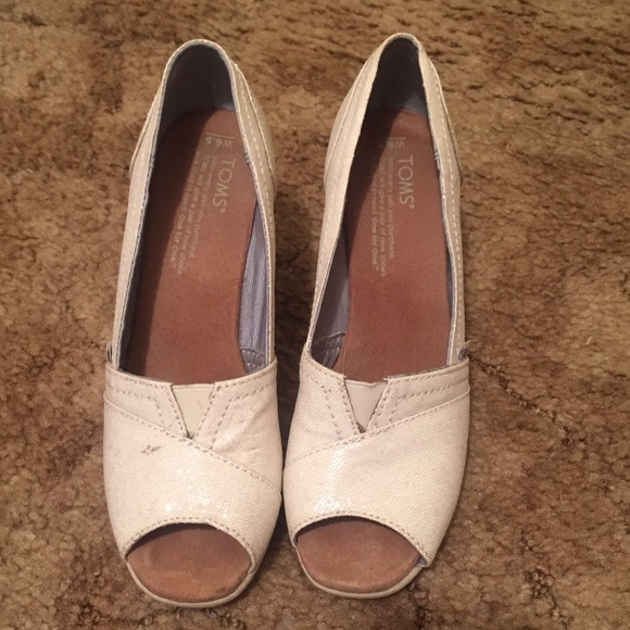 79 toms shoes ivory wedding edition toms wedges