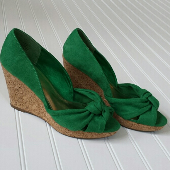 52d3aac4680 H M Shoes - H M Emerald Green Cork Wedges
