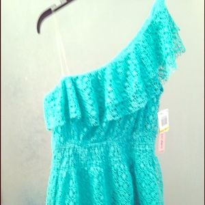 BNWT! Teal one shoulder top size medium