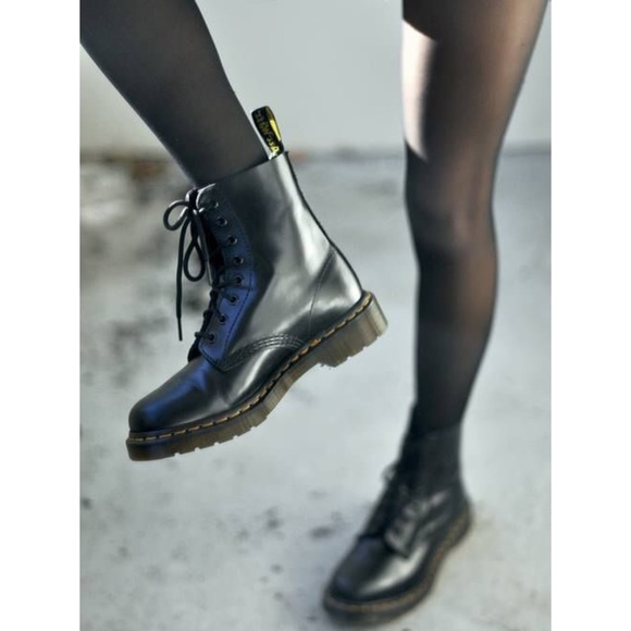 sprecare Atlante Fontana  1460 smooth vs nappa Dr Martens Boots & Shoes Sale