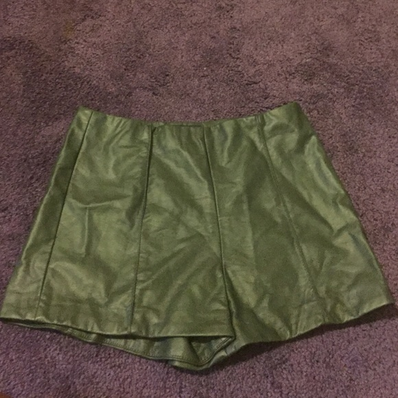 33% off Forever 21 Pants - Dark green high waisted shorts from ...
