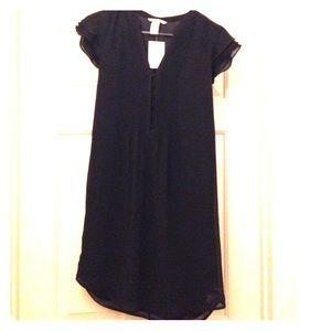 H&M Dresses & Skirts - 💥15% off bundles💥 H&M Dress