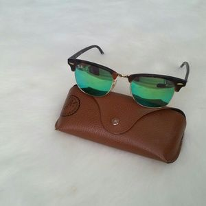 Ray-Ban Accessories - !1 HOUR SALE! Ray-Ban Clubmaster Mirror Sunglasses