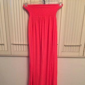 Dresses & Skirts - Coral maxi dress