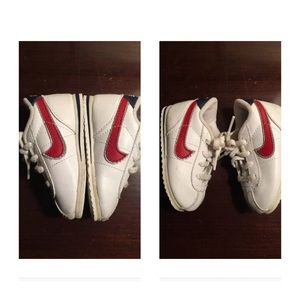 competitive price a4c5f ec9b4 Nike Shoes - Vintage Nike Cortez TODDLER 4 swoosh