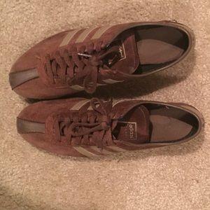 Brown Adidas tennis shoes size 9 1/2 men's