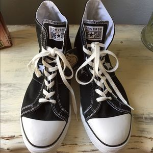 Converse Other - NWT Men's Converse One Stars size 11.5