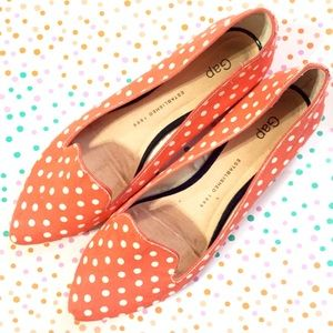 GAP Shoes - GAP Coral Polka Dot Pointed Flats