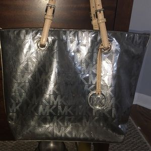 Michael Kors Jet Set Mirror Metallic Tote