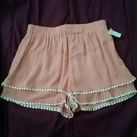 78% off boy meets girl Pants - Nordstrom Pink Flowy Summer Shorts ...