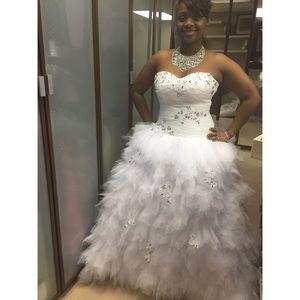 Dresses & Skirts - Ball Gown Wedding Dress - White