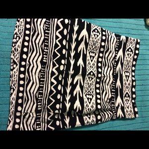 Black & White Tribal Print Pencil Skirt
