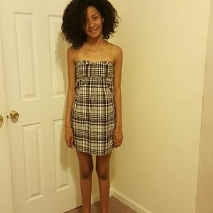 American Eagle Outfitters Dresses & Skirts - plaid is on the runways