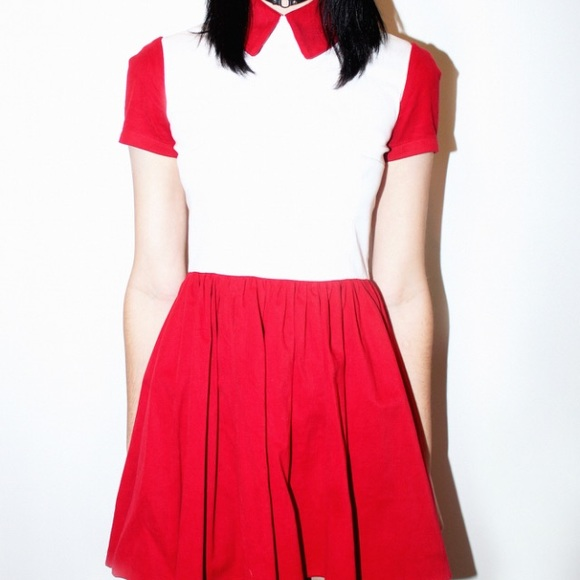 eff8aac8b4a Deandri Dresses   Skirts - Deandri white and red collared dress