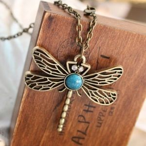 Trendy Dragonfly w/Turquoise Pendant Necklace