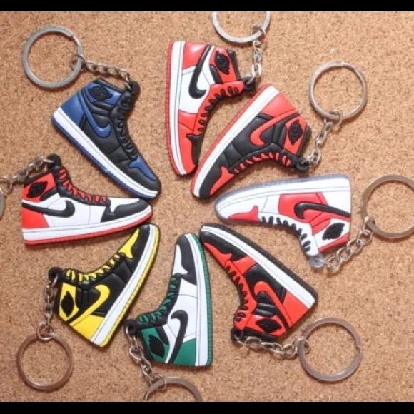 500 Nike Air Jordan Sneaker Keychains -Random Pick
