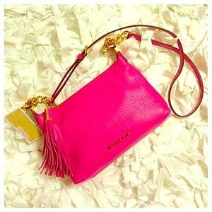 💃Editor Pick💃 Michael Kors Zinnia Messenger Bag