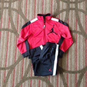 Jogging suit 3t superman coat red mickey mouse rain coat size 5t