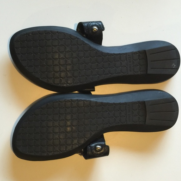 Nine West Shoes - Nine West Black Leather Sandals 6.5M Flats
