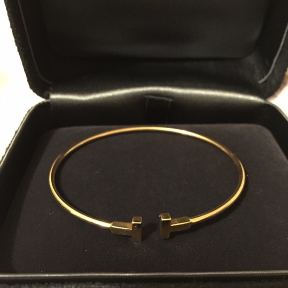 9070a0fff tiffany t wire bracelets