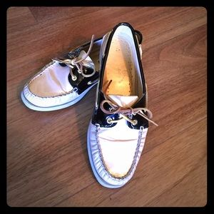 Sperry Top-Sider Shoes - Sperry top-sider boats 🌻 make offer!!