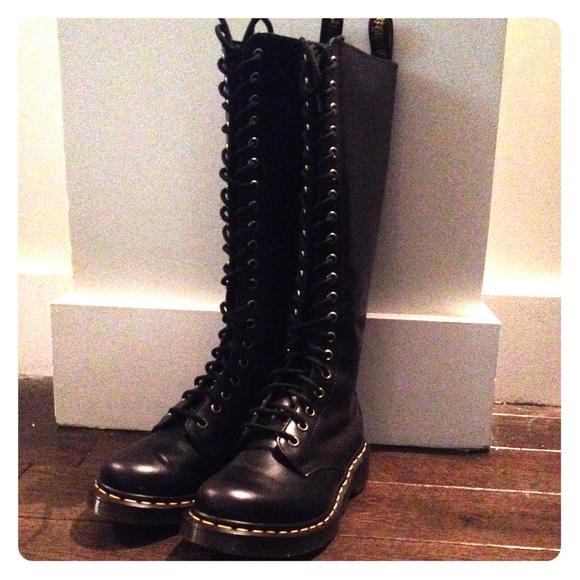 0e15e7817da Dr. Martens Shoes - Dr Martens Black 20 Eye Boots