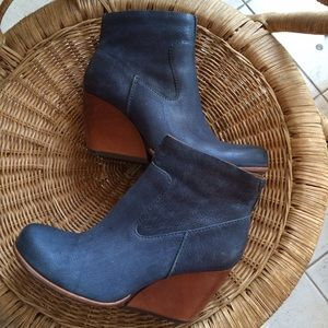 Kork-Ease blue leather bootie