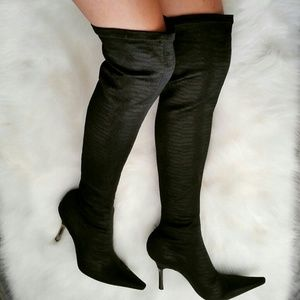 BCBGMaxAzria Boots - BCBGMaxAzria Black Tall Fitted Pointed-toe Boots