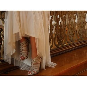 BOUTIQUE 9 Opalescent Pearl Strappy Heels