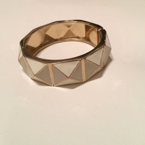 Accessories - White & Gold Studded Bracelet