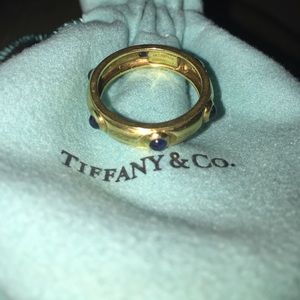 Tiffany & co. 18k gold ring with blue gemstones