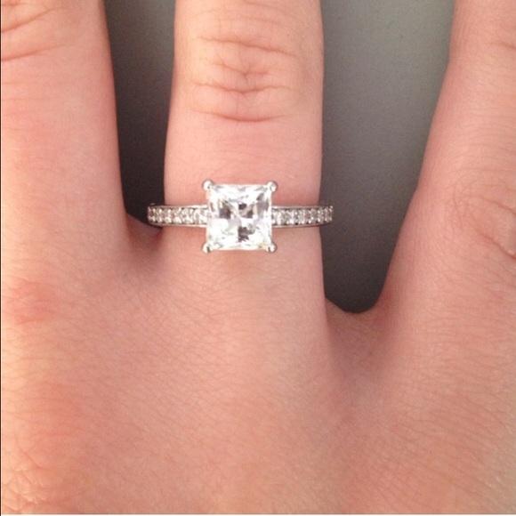 Swarovski crystal princess cut ring. M 55829dd14837e334110002a7 970708faf
