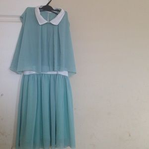 Seafoam green collared spring/summer dress.