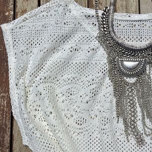 Dresses & Skirts - SALE❗️White crochet cover up dress
