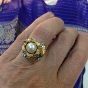Jewelry - SALE🌷 HEAVY vintage 14k Pearl & cz ring