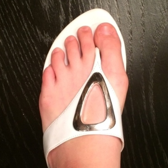 50 Off Impo Shoes - Silver And White Impo Flip-Flops From -2996