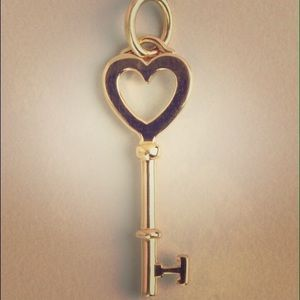 Tiffany & Co 18k gold key heart pendant