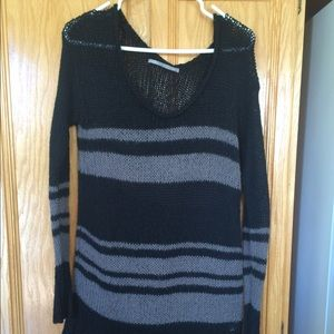 ⚡️FLASH SALE ⚡️ Black and gray striped sweater!