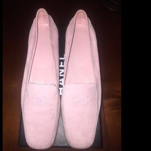 Pink Chanel loafers / moccasins