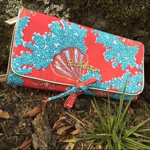 RARE Lilly Pulitzer clutch