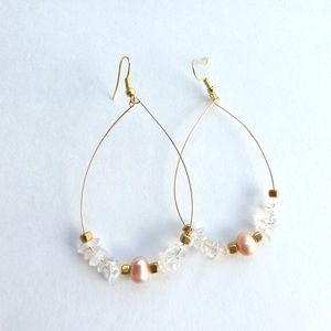 Jewelry - Freshwater pearl crystal nugget teardrop earrings