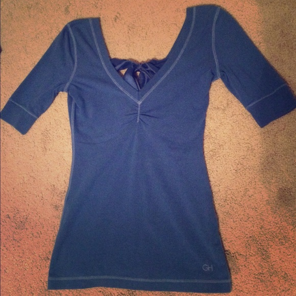 Gilly Hicks Tops - NWOT Gilly Hicks 3/4 sleeve tee with bow back
